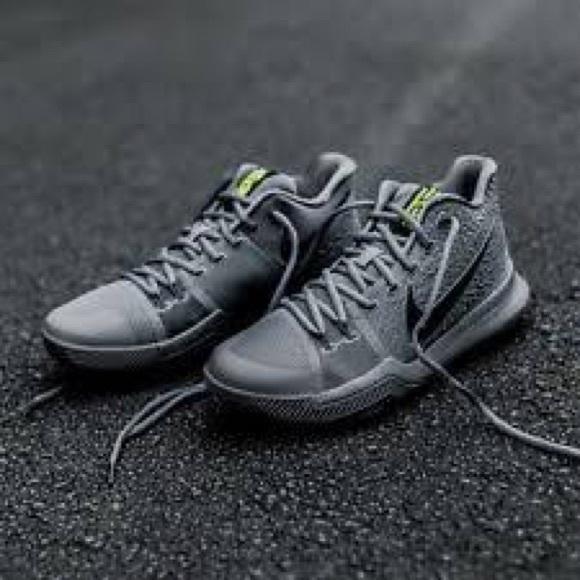 huge selection of 4d9cf 20df7 Nike Kyrie 3 Kids Basketball Shoes 13C